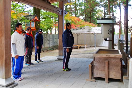 枚岡神社へご報告 06BULLS