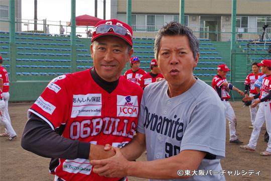 さらにさらに最後の最後、村上監督とパンチ佐藤さんのツーショット!