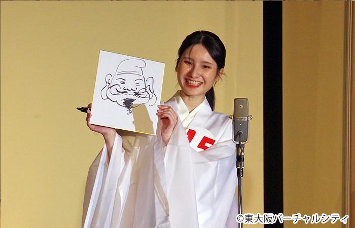 上海出身の候補者さんは即興でのえべっさんの早書きを披露