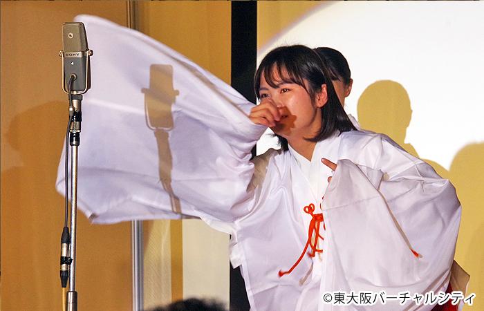 福原愛さんに似ているとアピールの候補者さんは愛ちゃんの卓球モノマネを披露